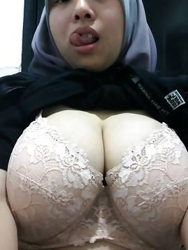 Arab porn girls boobs