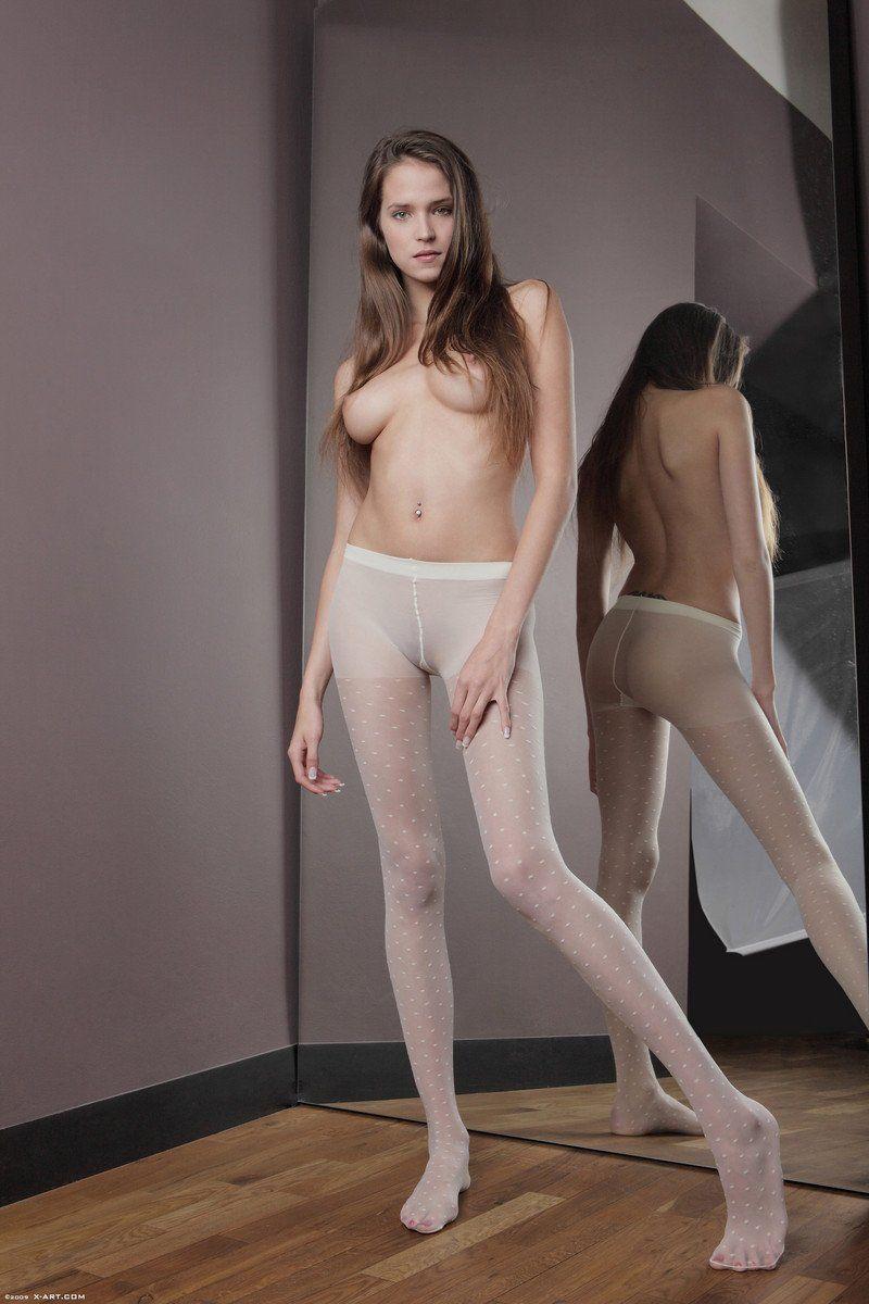 Cute sexy nude asian