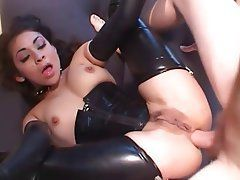 Skittle reccomend Mature latex slut