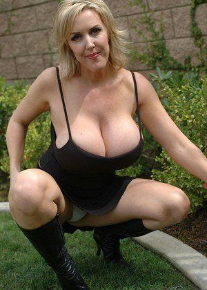Massive mature tis gallery