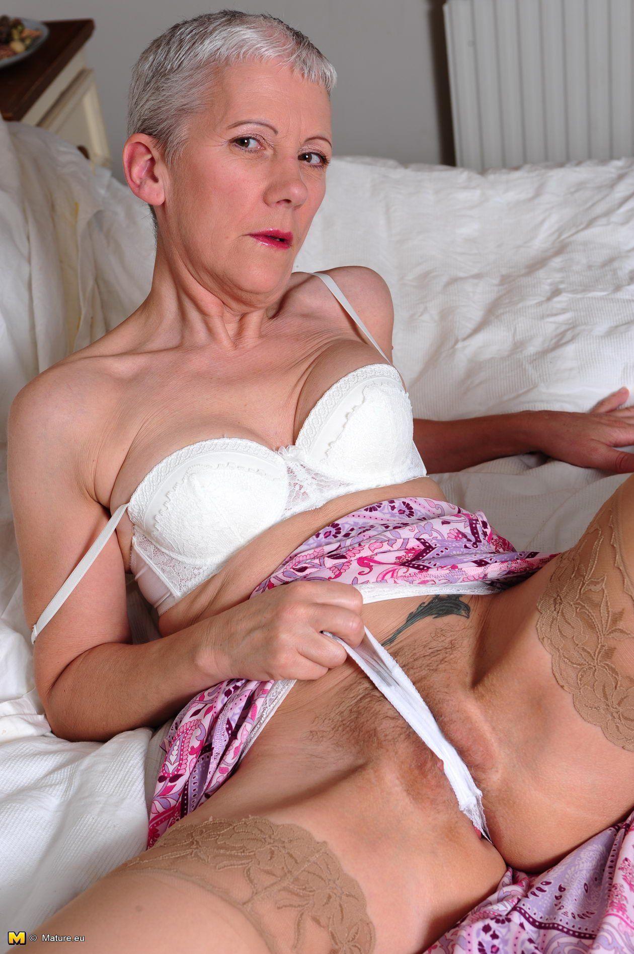 можно угарнуть)))!!!! неочень порно очень красивыми девушками домашнее в попу сайт!е