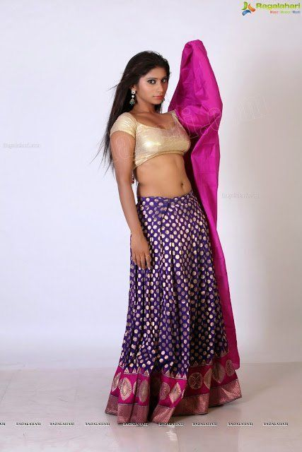 Mall u aunty nude saree sex something also