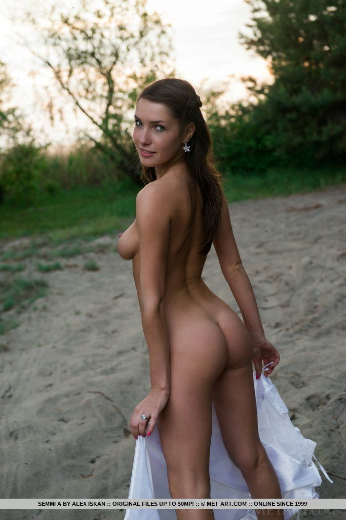 Teenage nudist sis pics