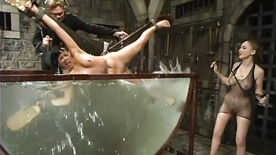 Geneva reccomend Bondage porn water