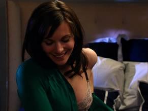 Jill Flint  nackt