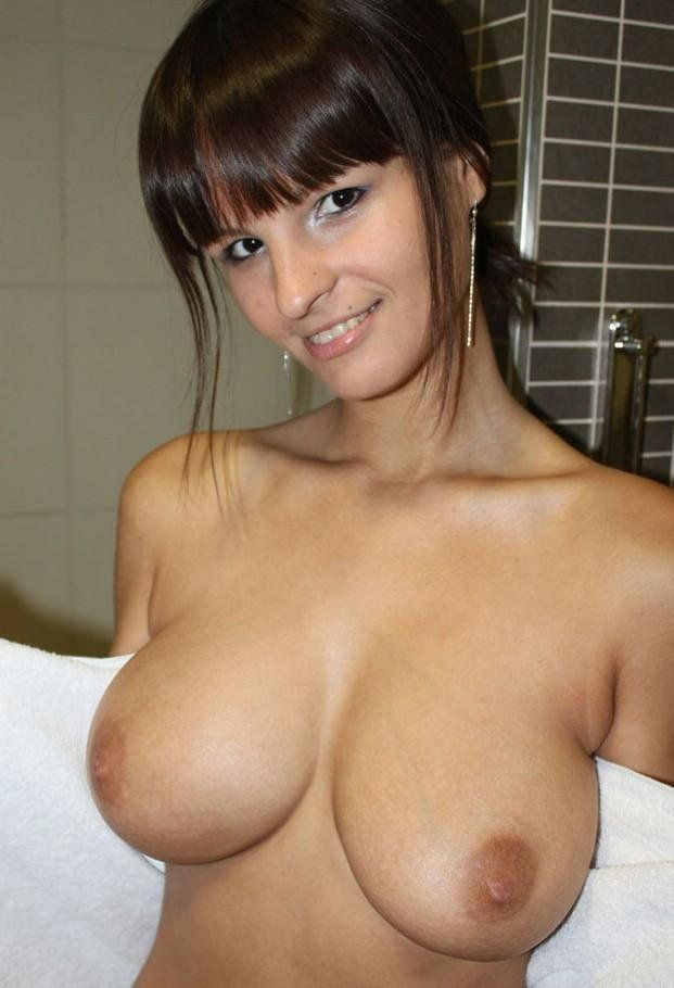 Are Hot nude girls boobs close