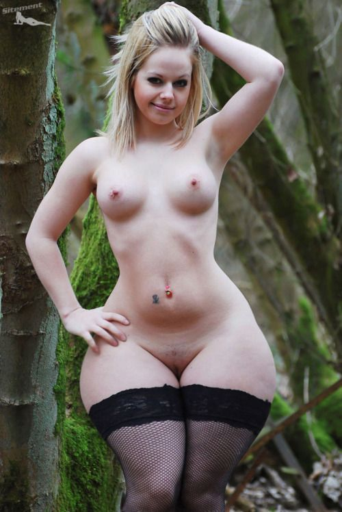 White trash nude chicks