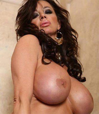 hot womens tits