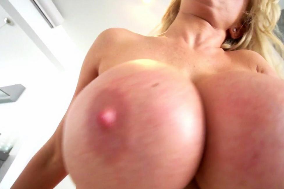 Flo jalin nude pics