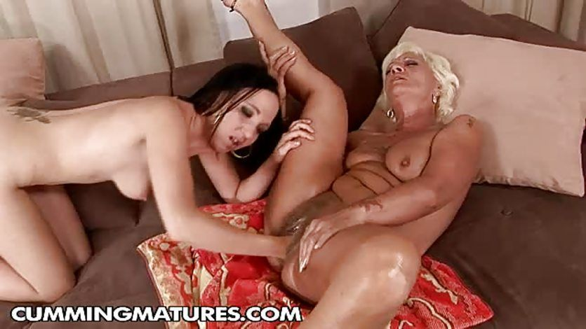 Nude young girls video
