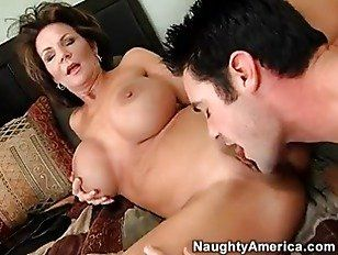 Soft touch blowjob milf