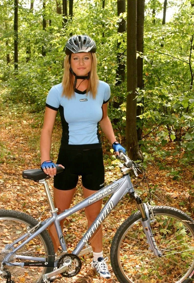 Naked girls riding bike in tight nice little ass pictures Amateur Nude On Bicycle Porno Photo