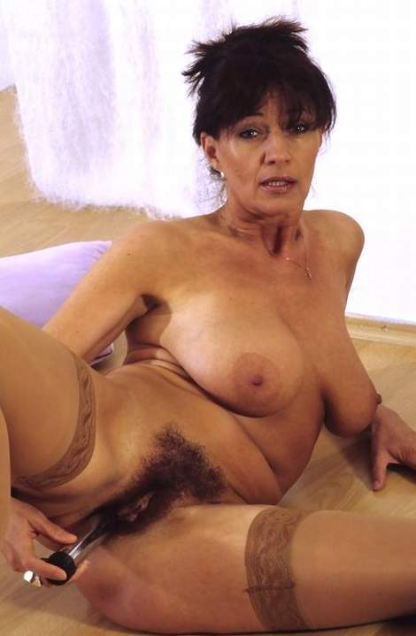 Mature women free sex movies