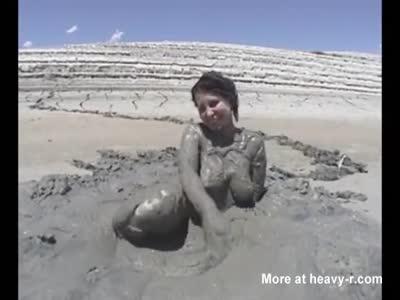 Mantis reccomend Sexy girl masturbation mud