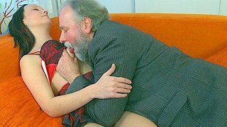 Dorothy reccomend Naked pic of old man kissing girls