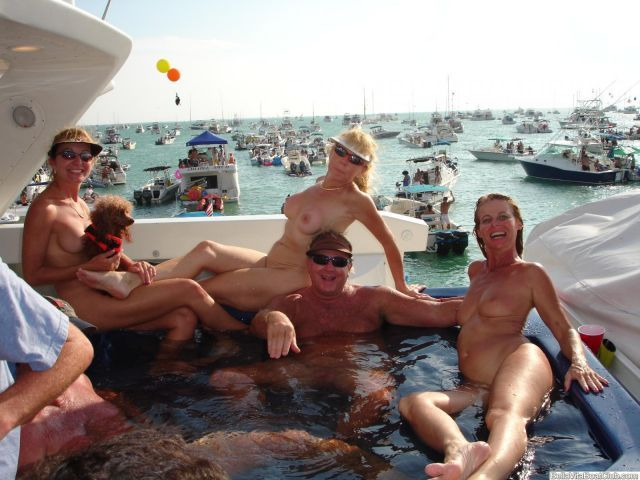 infinitely amateur mature swingers cumshots compilation think, that you are