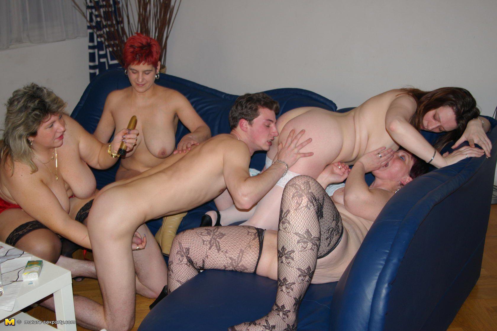 Erotic girls in shower