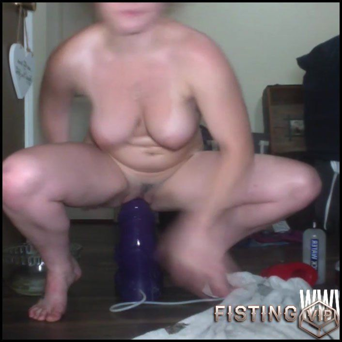 Alexis pussy dildos