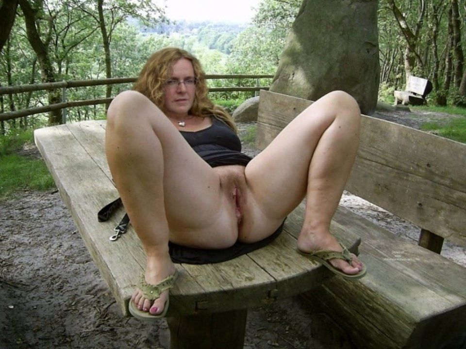 British granny nudist pics