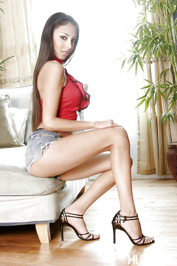 You uneasy alexis love porn legs pic