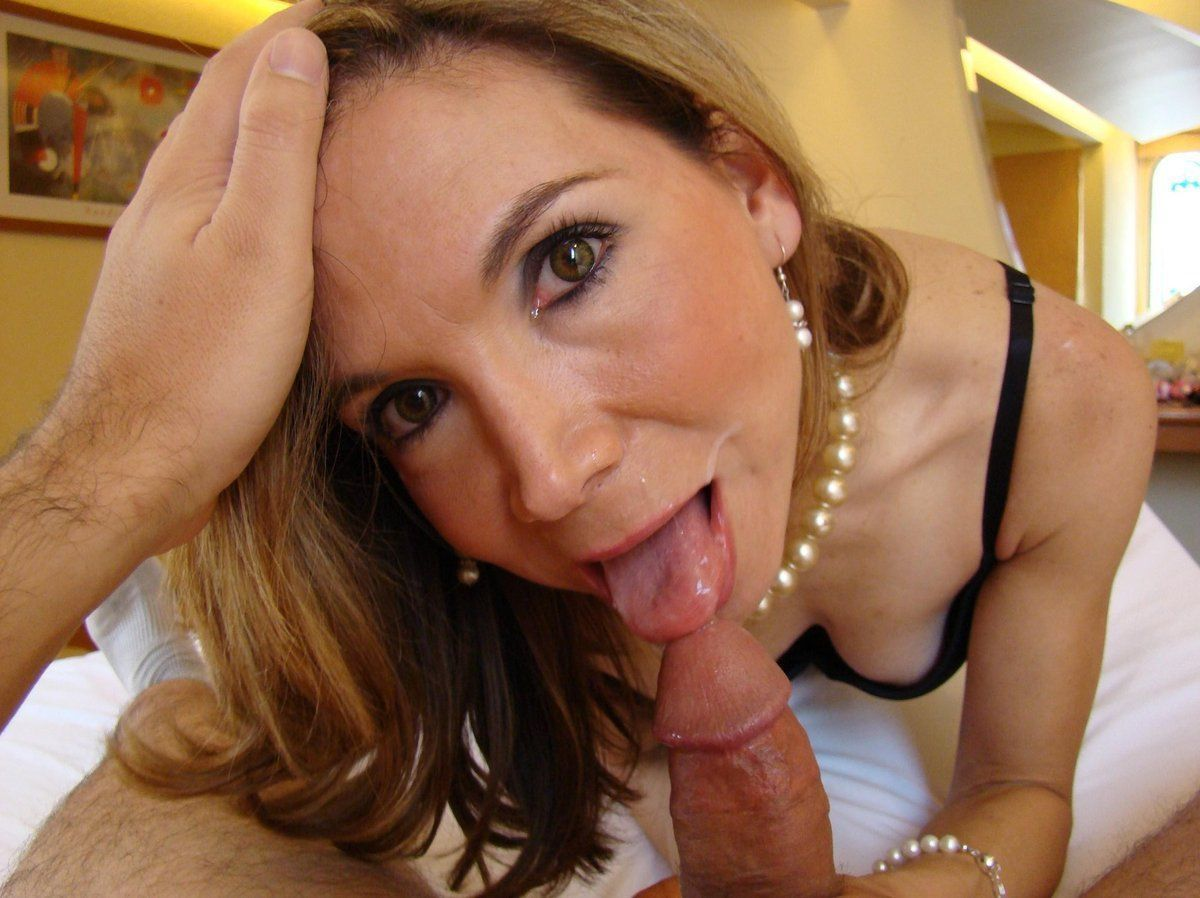 Quite good cougar cum