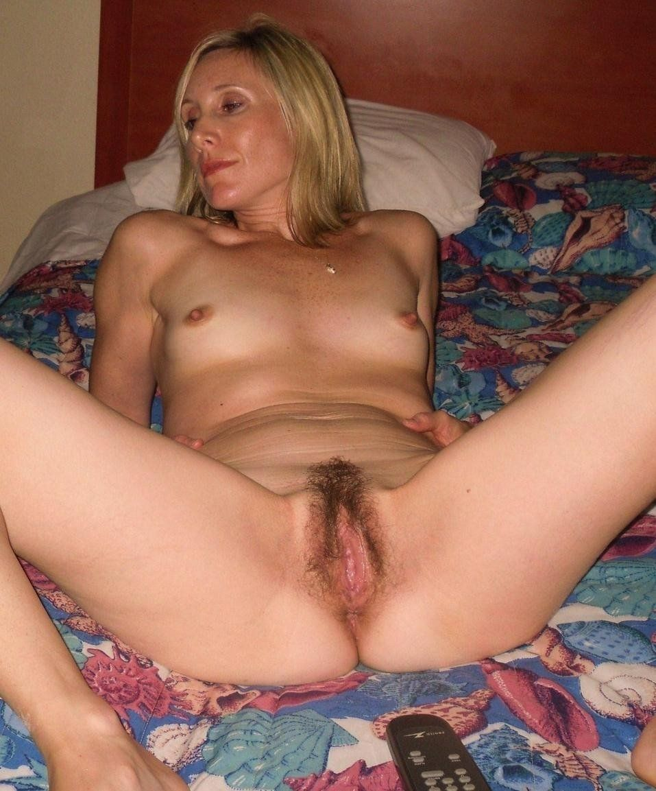 Amateur naked cougar pussy cum nude pics · «