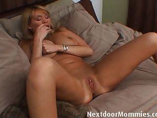 Are Hot sexy nude women masturbating