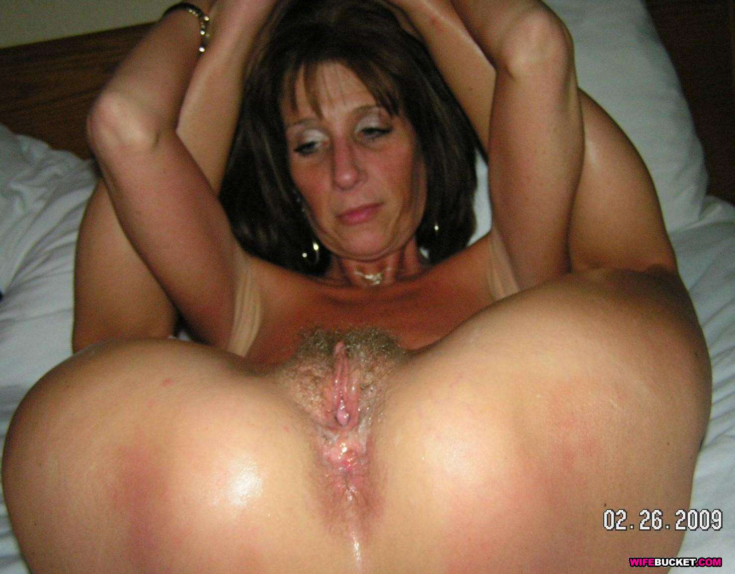 Naked amateur milf sex think