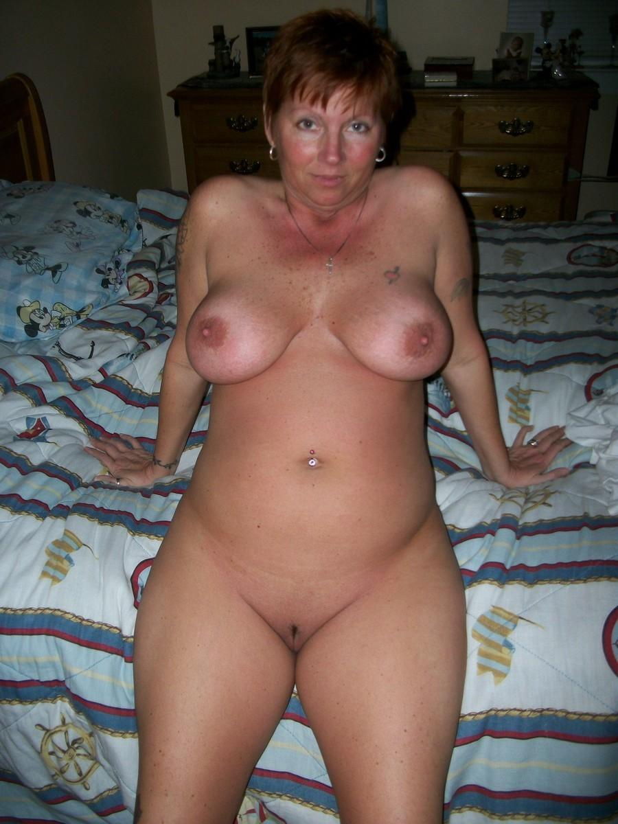 Photos of naked mature women