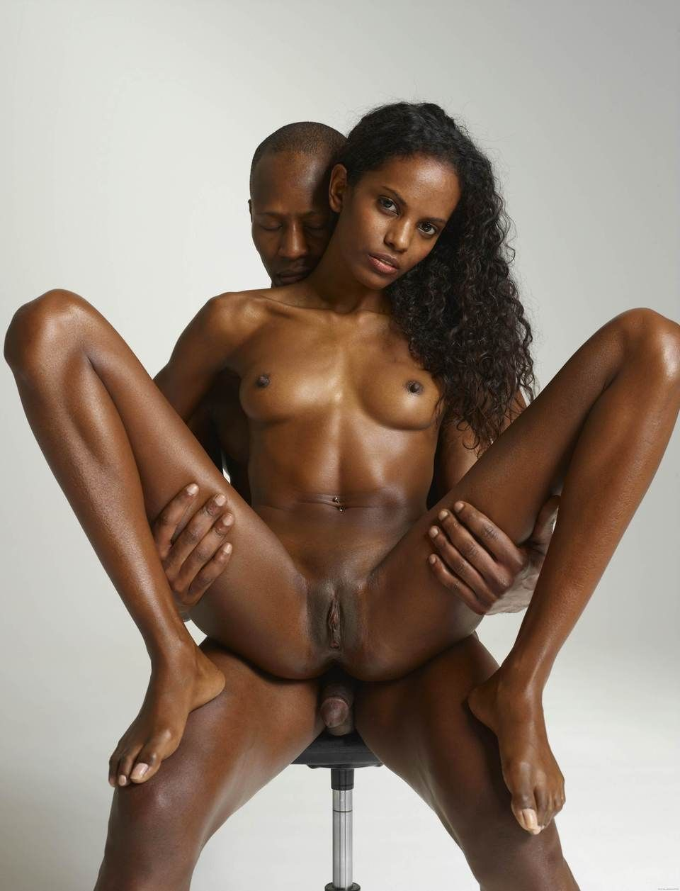 naked crazy african woman