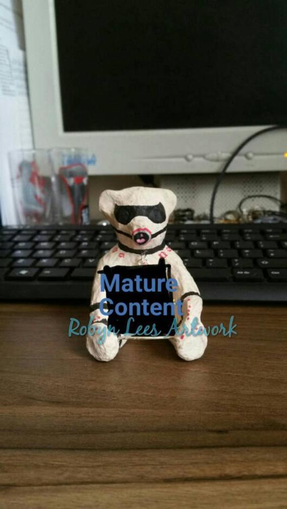 Sucking big mature ass
