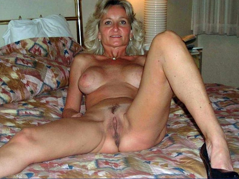 Cute wife nude pictures