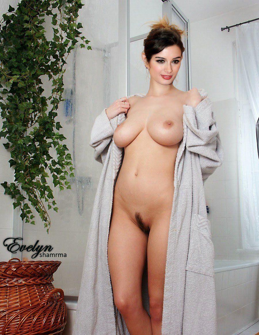 nude titties and beer