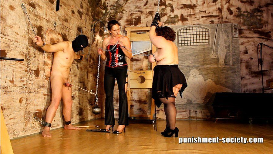 Femdom lady dolora excited