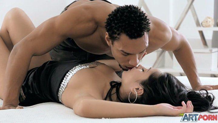 Girls legs over mans shoulders kissing porn