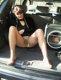 Hound D. reccomend Mature pantyhose in public