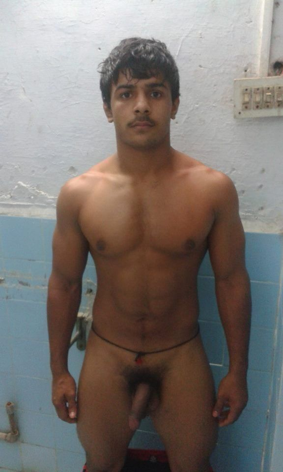 Gay nude dancer