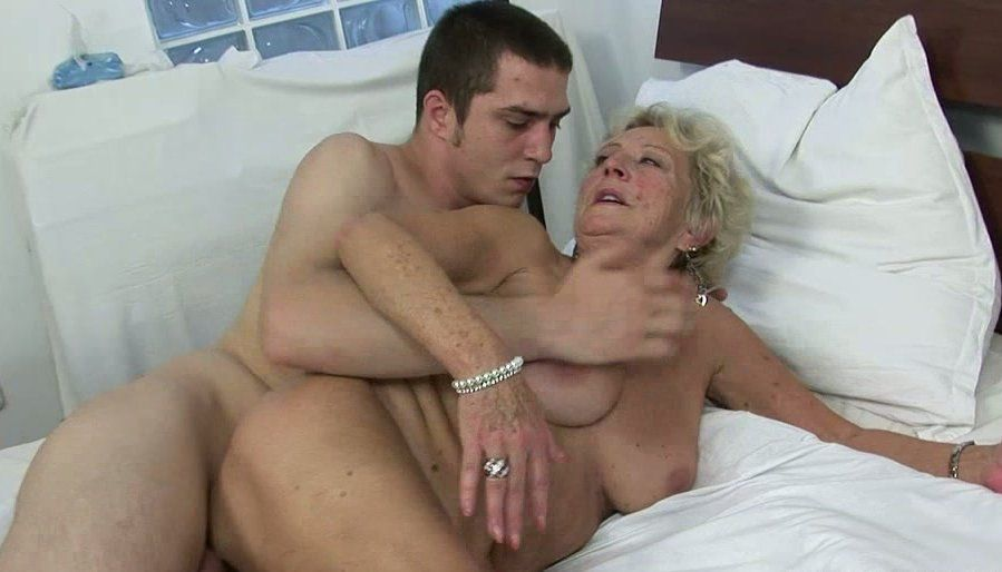 Nasty granny porn pictures