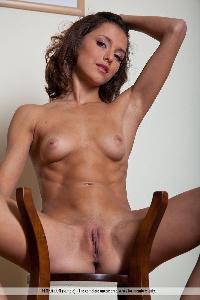 Alison macinnis nude photos
