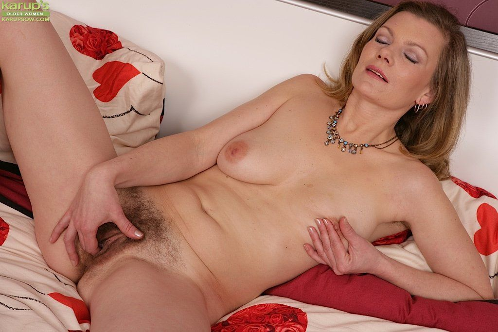 Mature female mastubation