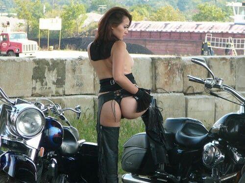 Mature women biker in chaps tube porn