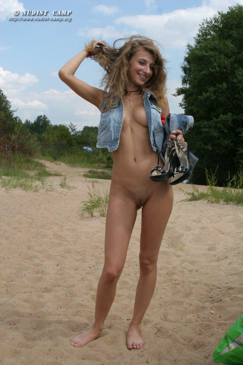 Nude hairy women boxing