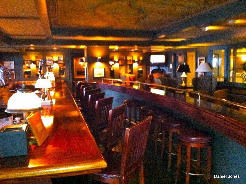 LB reccomend Vero beach bars and clubs