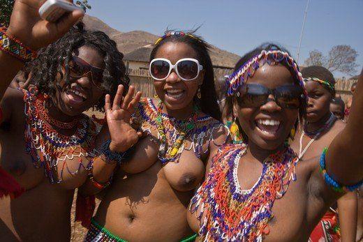 Subzero reccomend Zulu reed dance girls